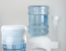 bombonne d eau ou bonbonne d eau trouvez la faute fontaine eau. Black Bedroom Furniture Sets. Home Design Ideas